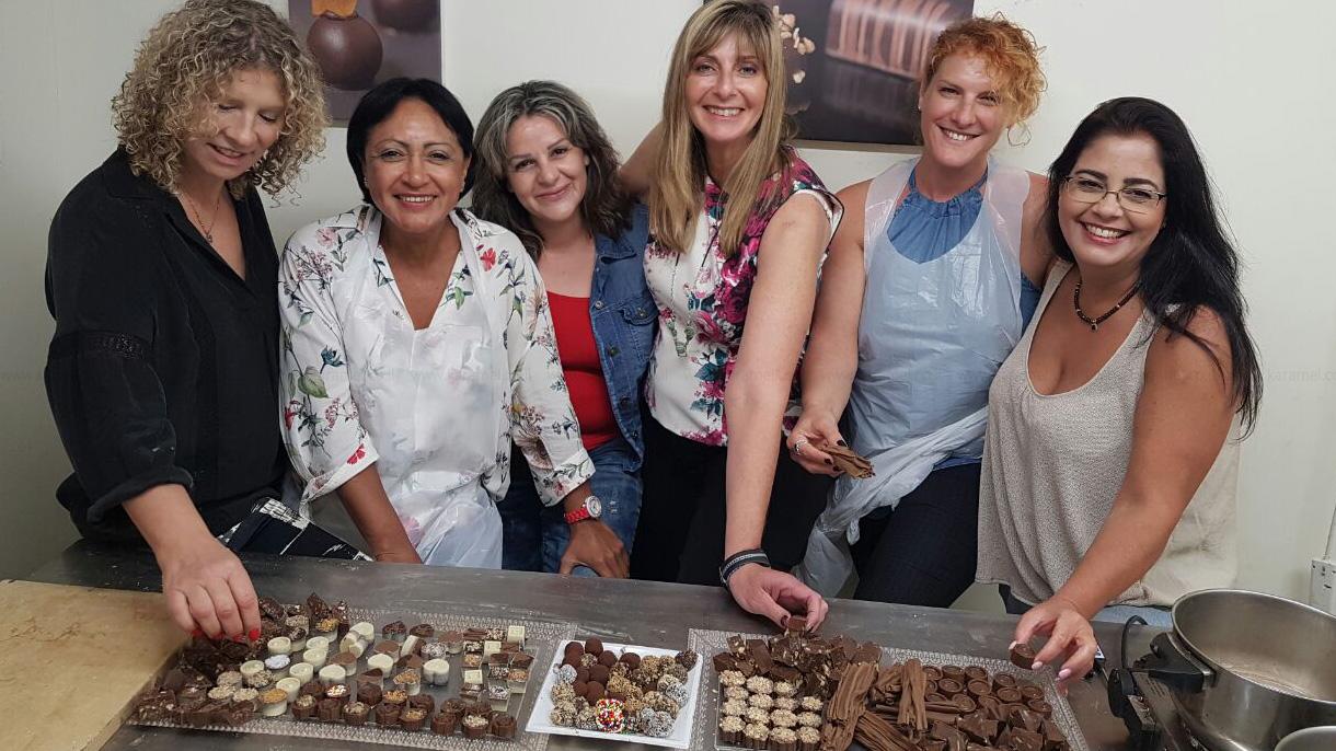 מלי'ס בוטיק שוקולדים - 073-7836171